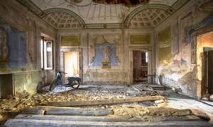 """Romain Thiery: """"Los edificios olvidados son las presas de nuestro tiempo cronológico, solo la degradación los hará desaparecer"""""""